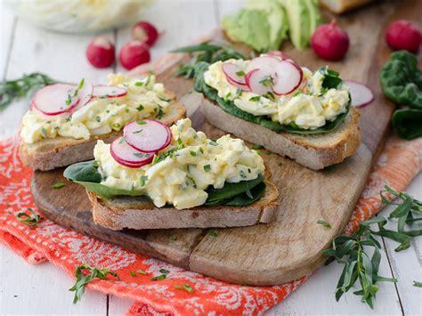 estragon cuisine put spare eggs to work with tarragon egg salad toast
