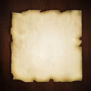 Von Papier Auf Holz übertragen : altes papier auf einem grunge holz hintergrund download der kostenlosen fotos ~ A.2002-acura-tl-radio.info Haus und Dekorationen
