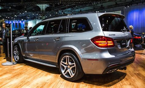 Mercedes Gls Class Picture by 2017 Mercedes Gls Class Driving Mrs