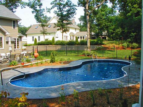 Create A View Pool Landscaping Ideas In The Garden