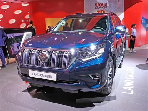 toyota land cruiser prado review price design