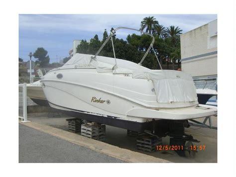 Rinker Boats Gebraucht by Rinker 250 Vee In Burriananova Sportboote