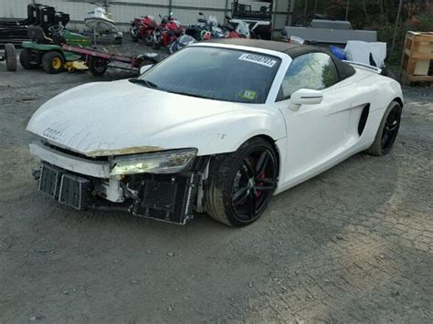 Damaged/salvaged/accidental Audi R8 Car For Sale