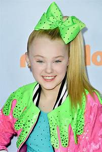 JoJo Siwa Photos Photos - Nickelodeon's 2017 Kids' Choice ...