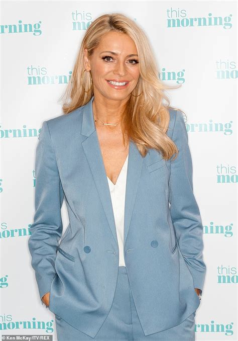 I'm A Celebrity: Tess Daly joins excited fans as her ...