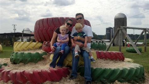 Mayfield Farm Pumpkin Patch by Find Corn Mazes In Athens Tennessee Mayfield Farm And