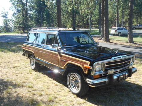 classic jeep wagoneer for sale 1988 jeep wagoneer grand wagoneer 4x4 quot classic black with