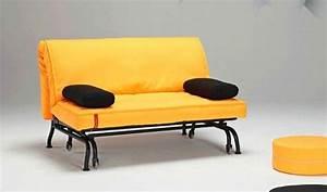 Canapé Convertible Jaune : canape lit bz loop jaune design clic clac convertible 200 140 ~ Teatrodelosmanantiales.com Idées de Décoration