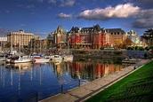File:The Postcard View -- Victoria, British Columbia.jpg ...