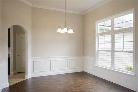 what is wainscoting gainesville fl real estate with kristen rabell johnson rabell
