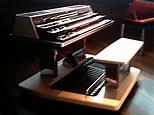 Electronic organ - Wikipedia