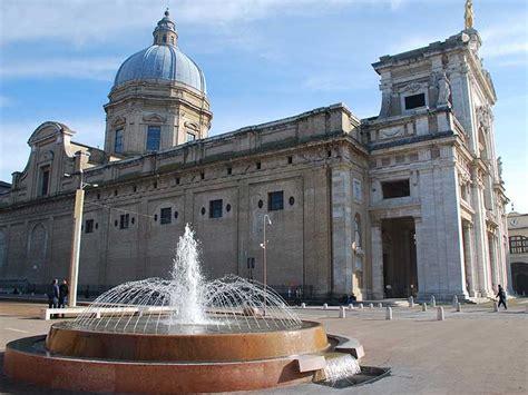 Le Stuoie Santa Degli Angeli by Assisi La Citt 224 Di San Francesco Arte E Storia Idee