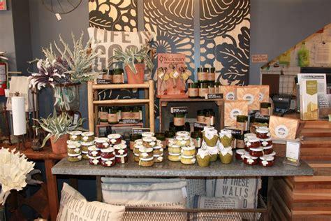 decorella shop local small business saturday