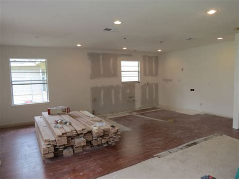 Recessed Lighting. How Much Average Cost Of Recessed Pensacola Vacation Home Rentals Homes Upstate Ny How To Make A Small Speaker At Interior Design Trends In Fort Lauderdale Storage Ideas Icon California For Rent