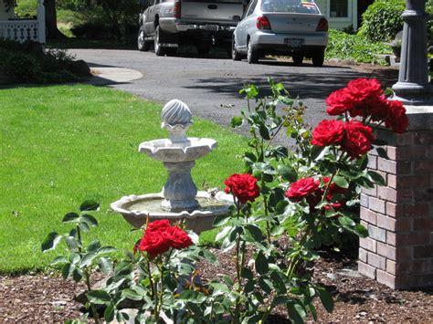 Echo Koontz House Garden Photo Picture Image