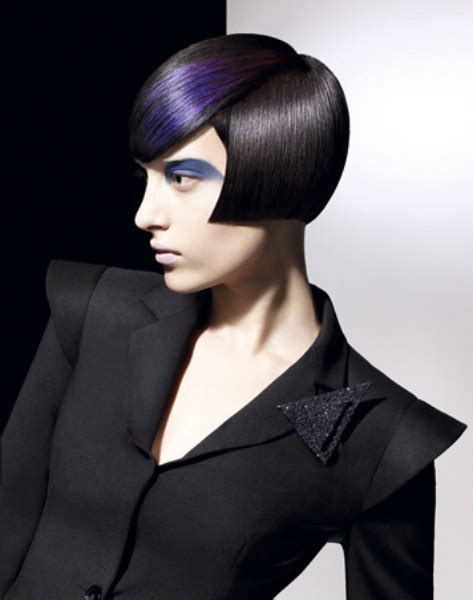 extreme cheekbone short bob  blue hair coloring