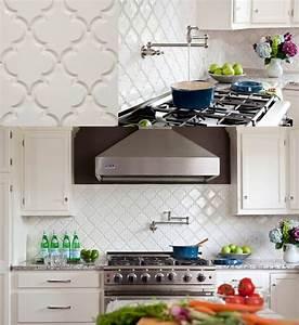 Beveled arabesque tileslove http 2bpblogspotcom for Beveled arabesque tile backsplash