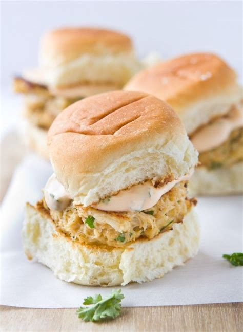 The crispy outside, creamy inside texture of crab cakes goes best with a creamy dip like mayonnaise. 30 Best Ideas Condiment for Crab Cakes - Best Round Up ...