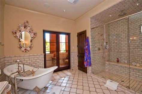 arabesque bathroom tile  unique  cool motif