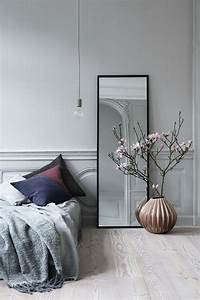 Grand Miroir Chambre : comment r aliser une belle d co avec un miroir design ~ Teatrodelosmanantiales.com Idées de Décoration
