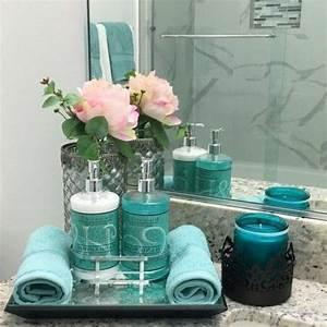 Badezimmer Deko Ideen : badezimmer deko moderne bader blaue accessoires rosen kerzen badezimmer ideen fliesen ~ Indierocktalk.com Haus und Dekorationen