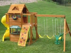 Summerville Swing Set