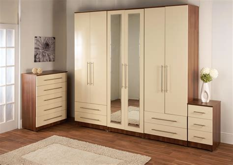 Bedroom Wardrobes by Furniture Wardrobe San Gimignano Classic And