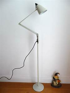 Planet studio k floor lampdesigned by bill iggulden for Planet studio k floor lamp
