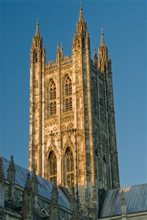 canterbury cathedral history travel  accommodation