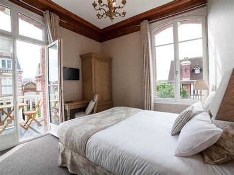 la maison d emilie hotel houlgate h 244 tel maison emilie calvados normandie tourisme calvados
