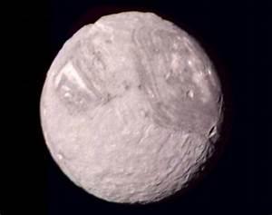 """Uranus' """"Frankenstein Moon"""" Miranda - Universe Today"""