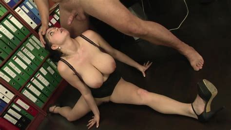 Huge Saggy Tits Italian Secretary Fucks The Boss Porn Ac