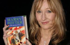 JK Rowling Gives Harry Potter Fan Magical Advice On What