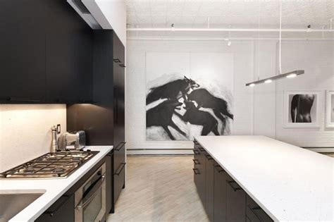 stylish soho loft   york features  trendy black
