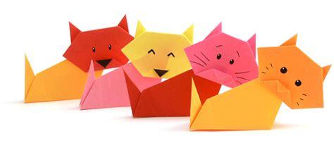 Origami Tiere, Gegenstände, Geldscheine Und Pflanzen Aus