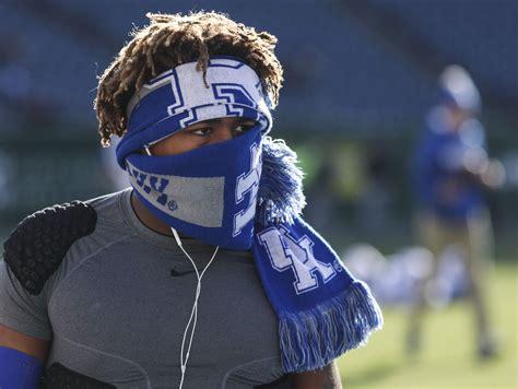 Get Kentucky Football Snell  Images
