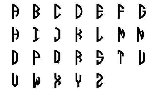 ghim tren monogram