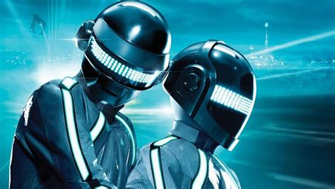 Daft Punk calls it a day, officially splits up