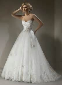 wedding dresses sweetheart neckline different styles of wedding dresses magazine