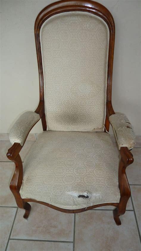 tissu d ameublement pour canapé fauteuil voltaire relooke la assise