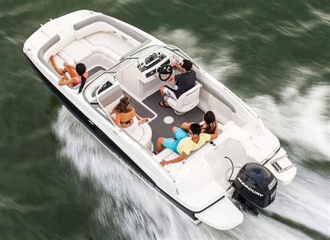 Pontoon Boat Rental Traverse City Mi by Terms Conditions Traverse Bay Parasail