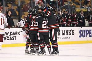 Men's hockey shooting for Hockey East title - News ...