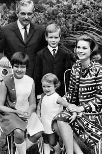 "marilynaudreyandgrace: "" The royal family photographed in ..."