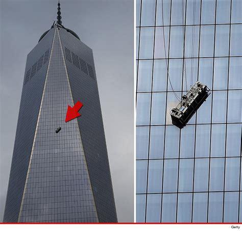 World Trade Center Window Washers Dangling  Floors