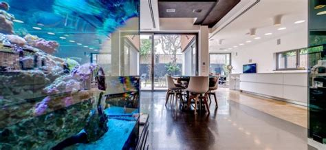 Couture House In Tel Aviv by Couture House In Tel Aviv