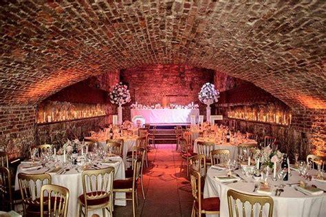 caves edinburgh  reasons  choose  wedding venue