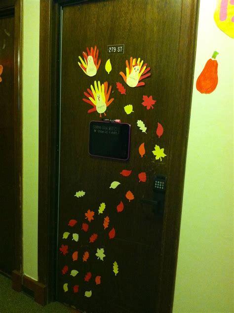 thanksgiving fall dorm door decoration  drawings