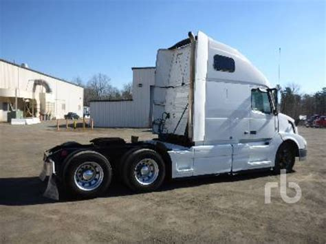 2015 volvo trucks for sale 2015 volvo vnl64t670 for sale 38 used trucks from 58 521