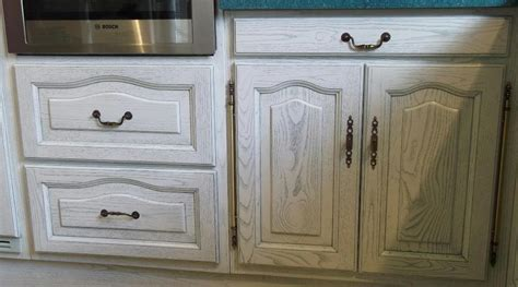 cuisine repeinte renovation meuble en chene 1 davaus cuisine chene