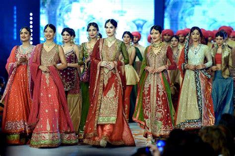 Wedding Dresses Pakistani : The Best Of Pakistani Couture Bridal Fashion 2014